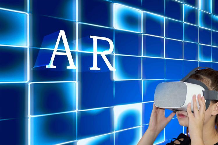 苹果产品路线图:2022年推AR头显 2023年AR眼镜